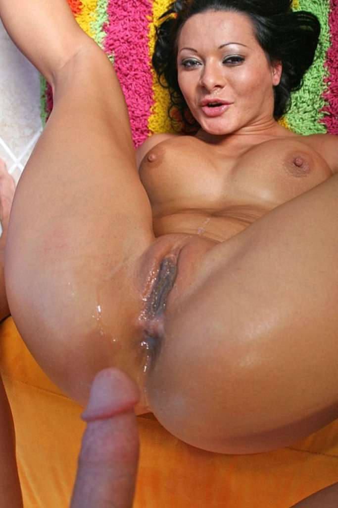 Cum inside sandra romain